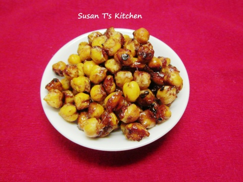 Maple Syrup Baked Chickpeas